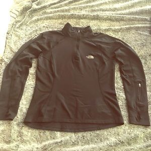 The North Face 1/4 zip Pullover Women's small